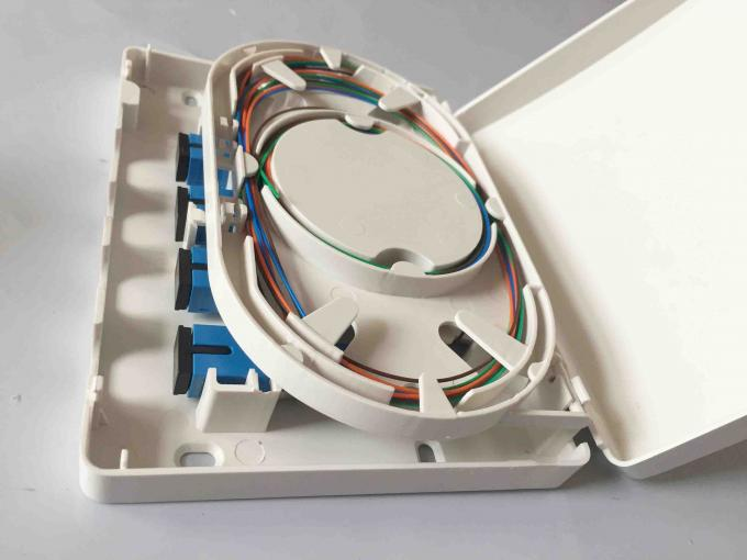 Easy Installation Fiber Optic Termination Box , Waterproof 4 Cores FTTH Distribution Box